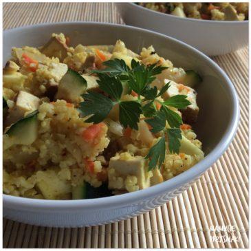 Kasza jaglana z warzywami i tofu