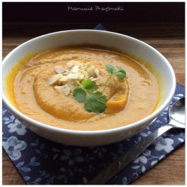 Korzenna zupa z dyni