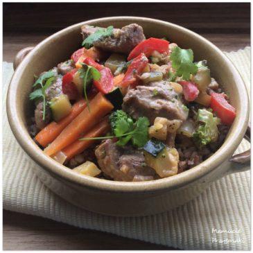 Polędwiczki wieprzowe w sosie z warzywami