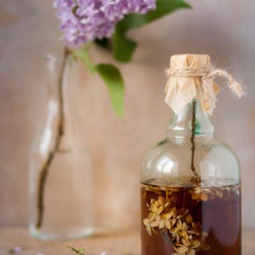 Ocet bzowy i lilakowa herbata